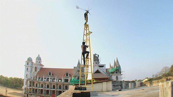 Dois empreendedores indianos concebem turbina de baixo custo