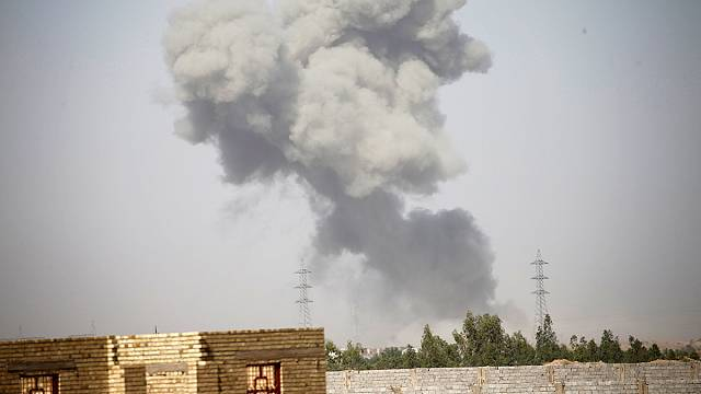 IŞİD Felluce'de Irak ordusuna direniyor