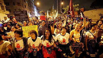 Peru: Tens of thousands hold anti-Fujimori rally ahead of presidential poll