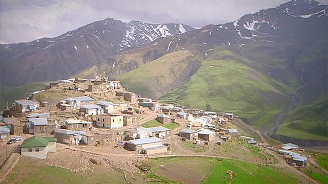 Azebaycan'ın doğa harikası: Kınalık Köyü