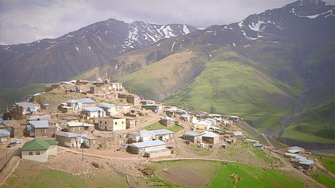 کارت پستال از جمهوری آذربایجان؛ کوههای اطراف روستای خینالیق