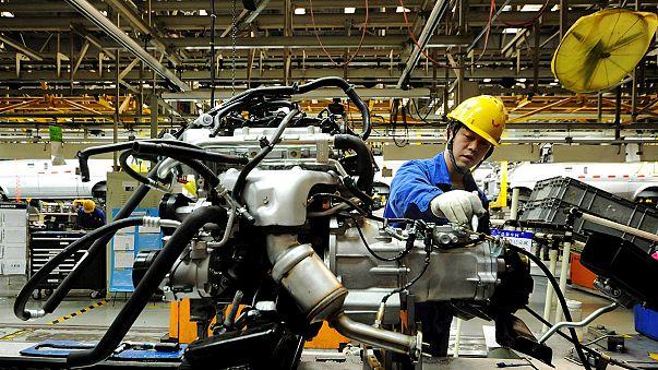 Zone euro : le secteur manufacturier à la peine