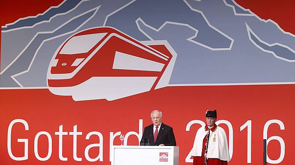 """Bahn frei!"": Gotthard-Basistunnel feierlich eröffnet"