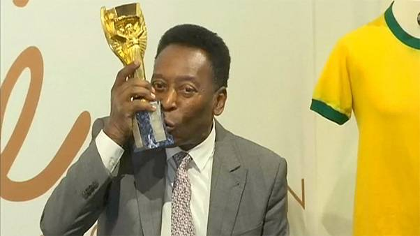 Il passato di Pelè all'asta per beneficenza