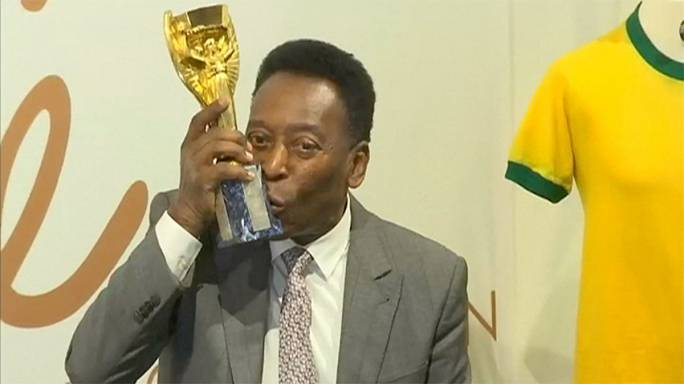 Pele collection to go under the hammer