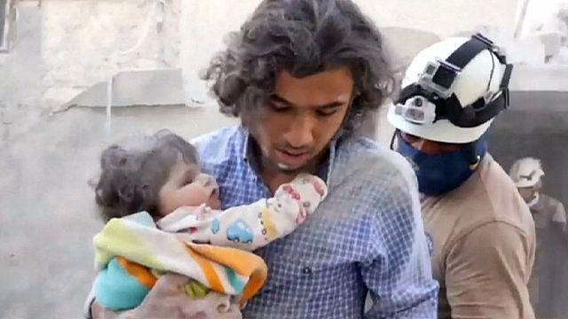 اكثر من 42 قتيلاً مدنياً بغارات جوية شمال وغرب سوريا