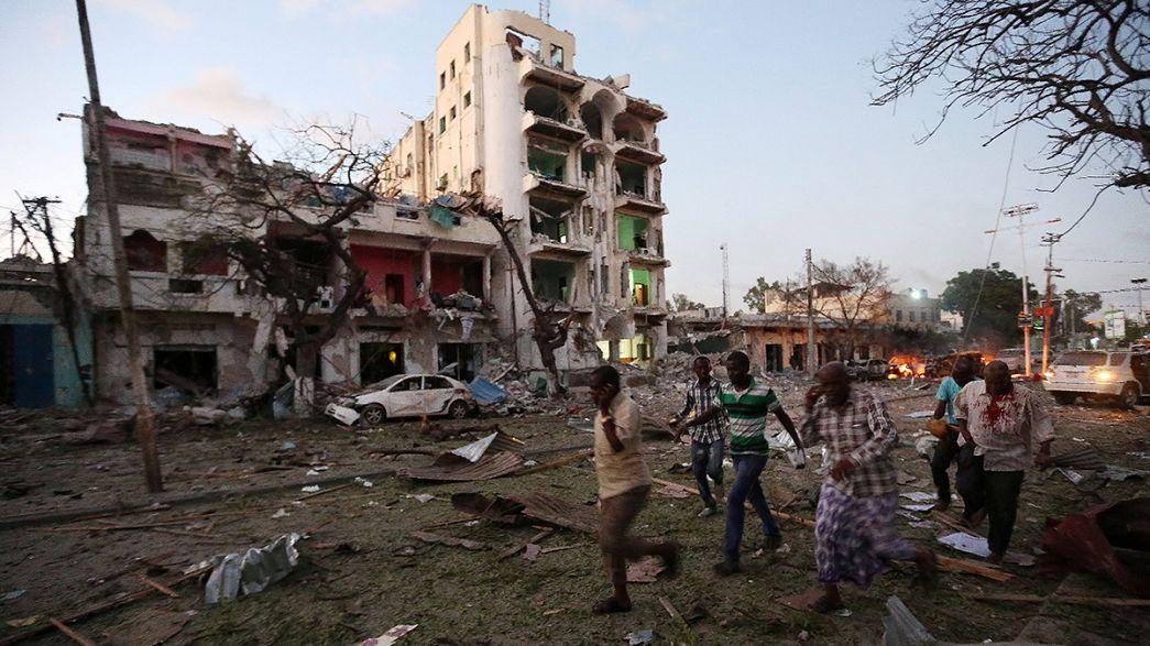 Eş-Şebab Somali'de oteli hedef aldı