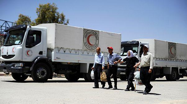 مساعدات انسانية محدودة تصل إلى داريا في سوريا
