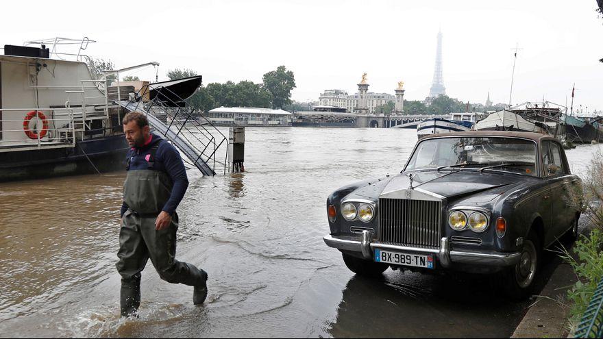 Víz alá került a Szajna-part Párizsban