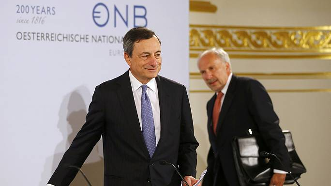 المركزي الاوروبي يرفع توقعاته للنمو والتضخم في منطقة اليورو