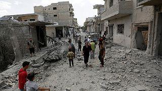 سوريا: القاء المساعدات الانسانية جواً للمناطق المحاصرة غير وشيك