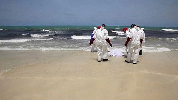 ليبيا: شواطئ الزوارة تلفظ أكثر من مائة جثة