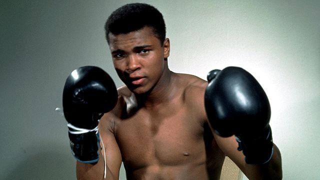 Boksun efsane ismi Muhammed Ali hayatını kaybetti