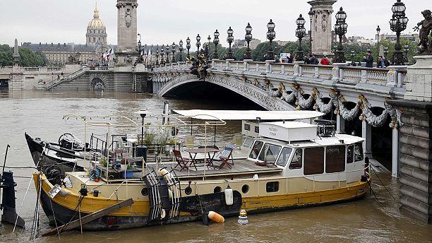 Paris flooding 'stabilises' but multi-million-euro damage expected across France