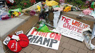 Szeptikus sokk okozta Muhammad Ali halálát, temetése jövő pénteken lesz szülőhelyén