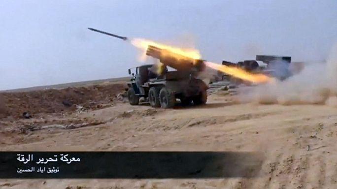 Suriye ordusu Rakka'da ilerliyor