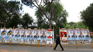 Renzi on course to lose Rome in Italian local elections