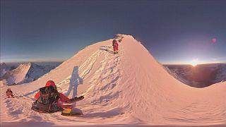 La montaña más alta del planeta es grabada en 360º