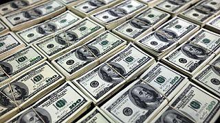 Algeria's foreign reserves slump to $136.9bn