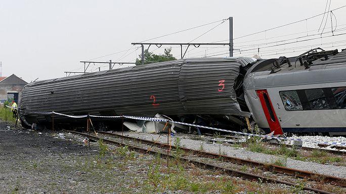 Belgian king and PM visit site of fatal train crash