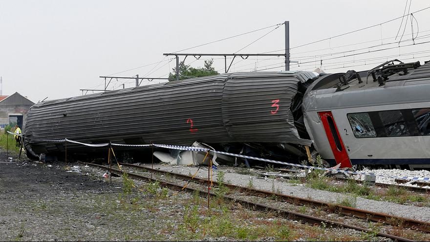 Belgian king and PM visit site of fatal train crash