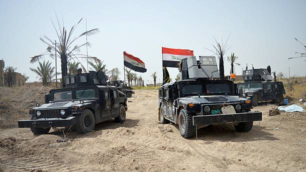 ISIL 'shoots at civilians' trying to flee Falluja in Iraq