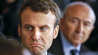 Loi travail : Emmanuel Macron cible de jets d'oeufs