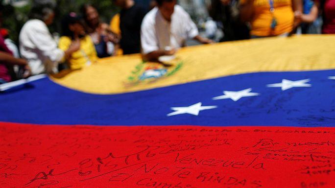 Venezuela'da referandum gösterisi