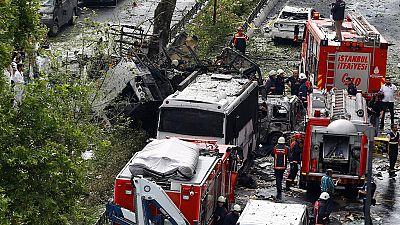 Attentat à la voiture piégée à Istanbul
