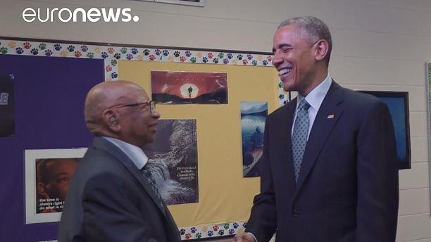 Obama meets 108-year-old grandson of slave in Indiana