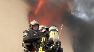 Пожар под Парижем: есть жертвы