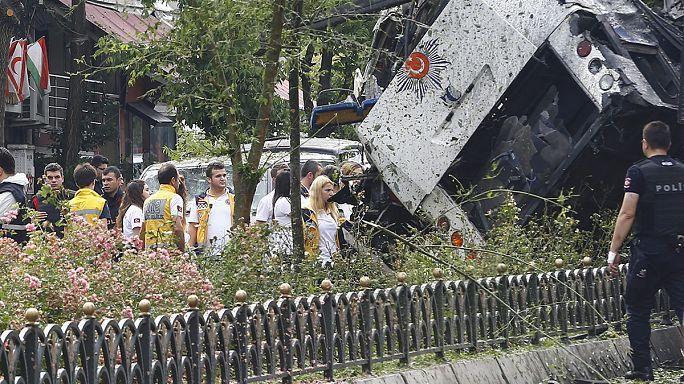 İstanbul kanlı saldırı ile sarsıldı