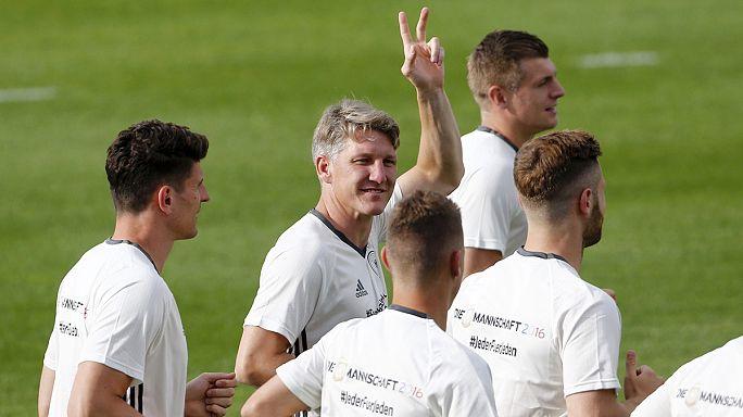 الزاوية: فرنسا الأوفر حظاً للفوز باليورو 2016