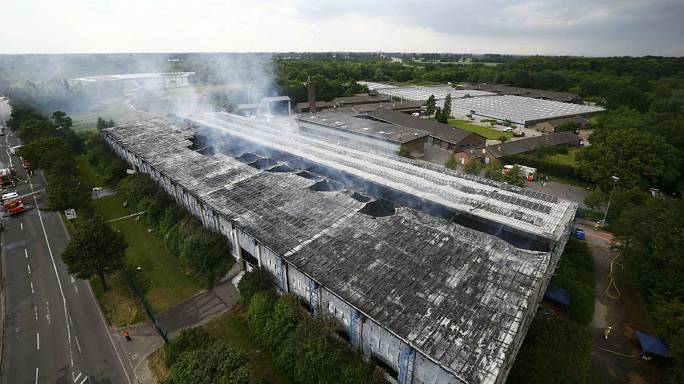 Fire engulfs migrant centre in Germany
