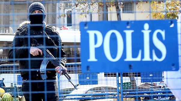 Turchia: autobomba esplode contro commissariato nel sud-est, almeno 2 vittime