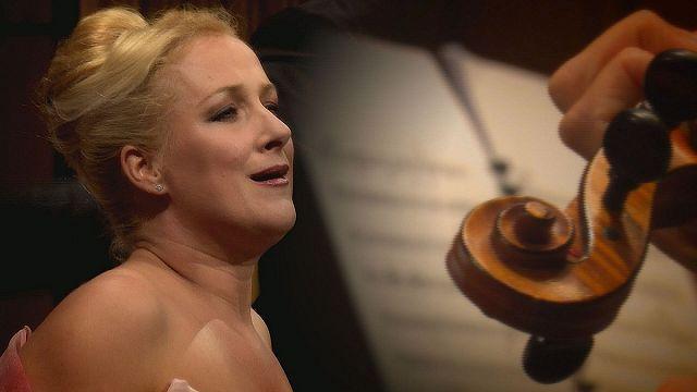 دیانا دامرائو، خواننده صدای سوپرانو در اپرایی از دونیزتی