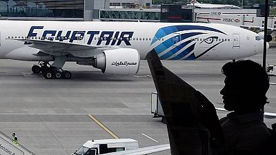 False bomb alert forces EgyptAir into emergency landing