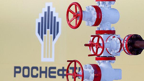 Rosneft's quarterly net profit falls 75 percent