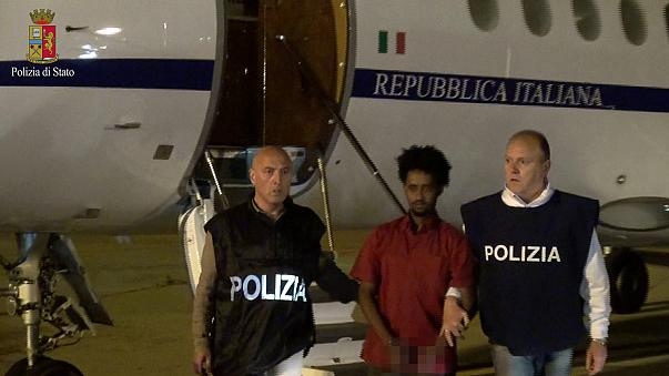 Extraditan a Italia a un importante traficante de seres humanos eritreo detenido en Sudán