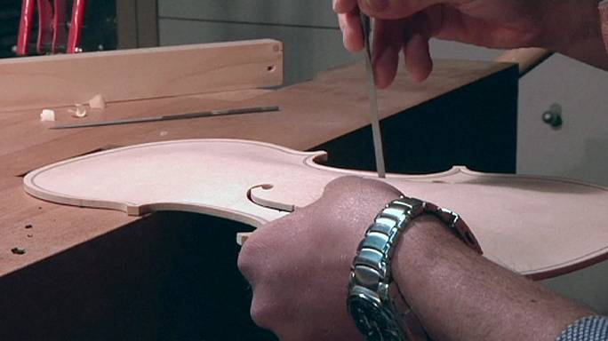 Italian violin-making tunes up for a revival