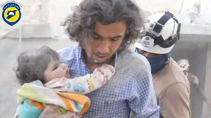 سوريا: المساعدات الغذائية تصل برا إلى ثلاث مدن محاصرة