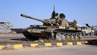 Libye : les forces gouvernementales entrent dans Syrte