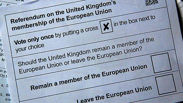 Débat vif entre pro et anti-Brexit à deux semaines du référendum