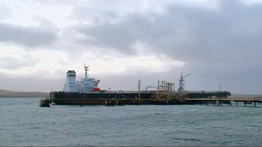 Indústria petrolífera britânica destrói 120 mil empregos