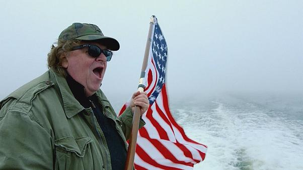 Michael Moore invade Europa con su nuevo documental