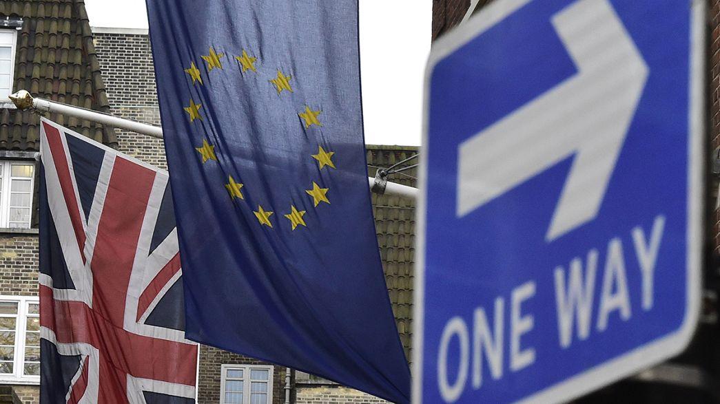 Европейцы остыли к ЕС. Интервью Московиси. Конфуз Кэмерона