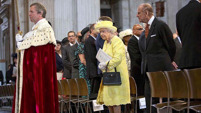 الملكة اليزابيث في عيد ميلادها الثاني