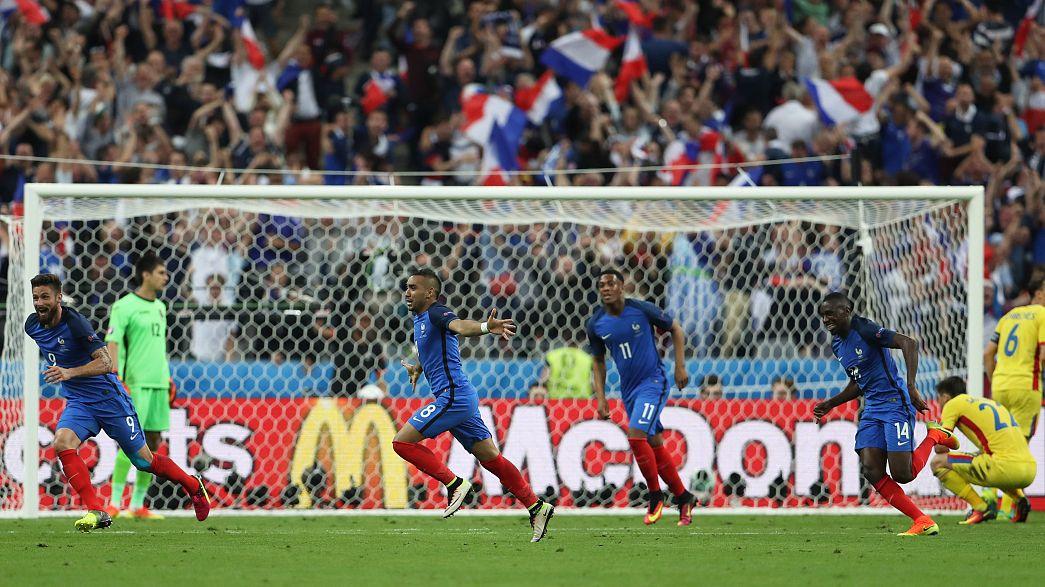 Франция начинает с победы