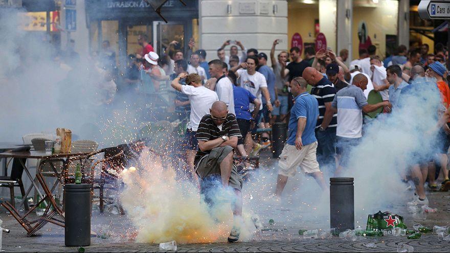 عنفٌ في مرسيليا بين مناصري المنتخب البريطاني لكرة القدم ونظرائهم الرُّوس