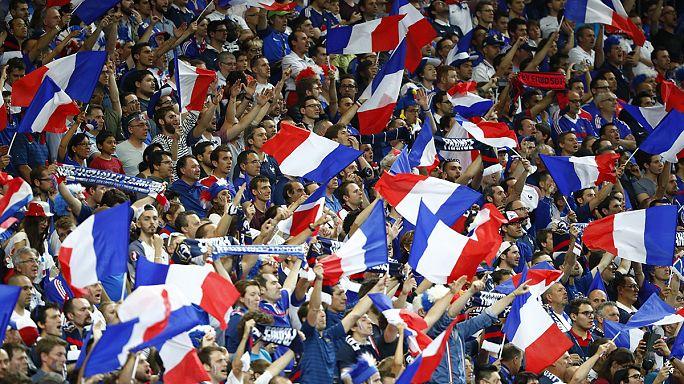 Az első meccs: Franciaország-Románia, 2-1